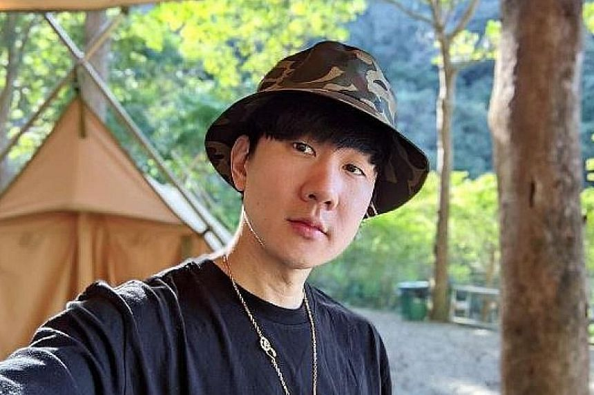 JJ LIN SHARES SUNRISE FROM $9.5M TAIPEI APARTMENT: Taiwan-based Singaporean singer-songwriter JJ Lin (right) woke up to a spectacular sunrise on Sunday, and did what most people would do - he took a photo and posted it on social media (far right). 	W