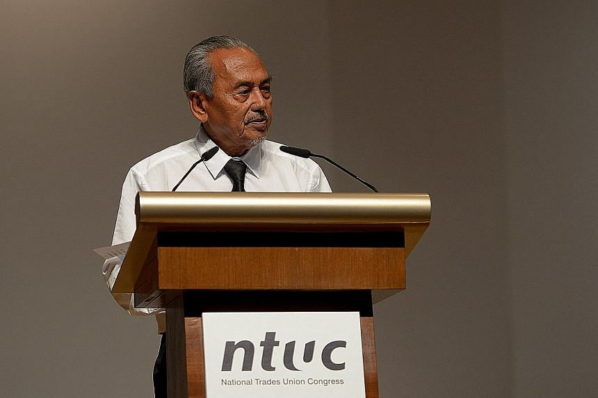 Mr Mahmud Awang speaking at the NTUC's memorial ceremony for the late founding prime minister Lee Kuan Yew in 2015. In a condolence letter yesterday to Mr Mahmud's son Endut, Prime Minister Lee Hsien Loong said Mr Mahmud was one of Singapore's foundi