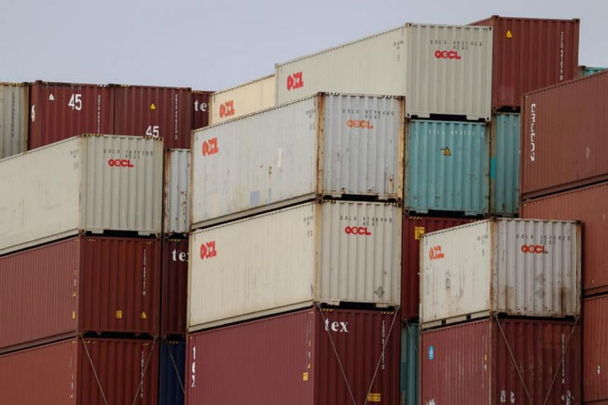 Overall exports rose 3 per cent in November, mainly due to a sharp jump in gold shipments.
