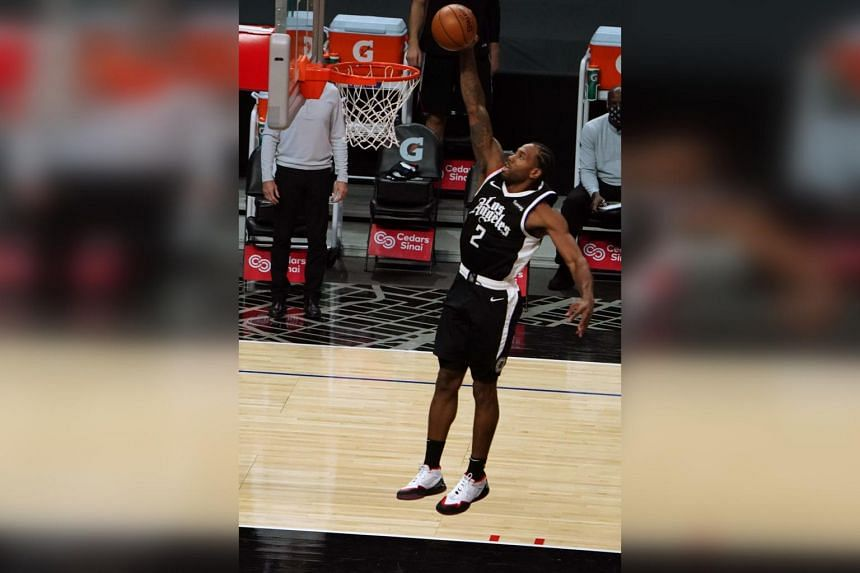 Kawhi Leonard earned the bulk of his points during an explosive third quarter in which he scored 21.