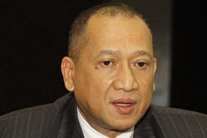 Datuk Seri Nazri Abdul Aziz (above) is the second Umno MP in three days to pull his support for Prime Minister Muhyiddin Yassin.
