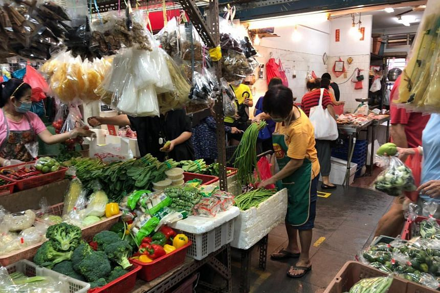 At the Pasir Ris and Ghim Moh Market & Food Centre, the price of tomatoes has almost doubled.