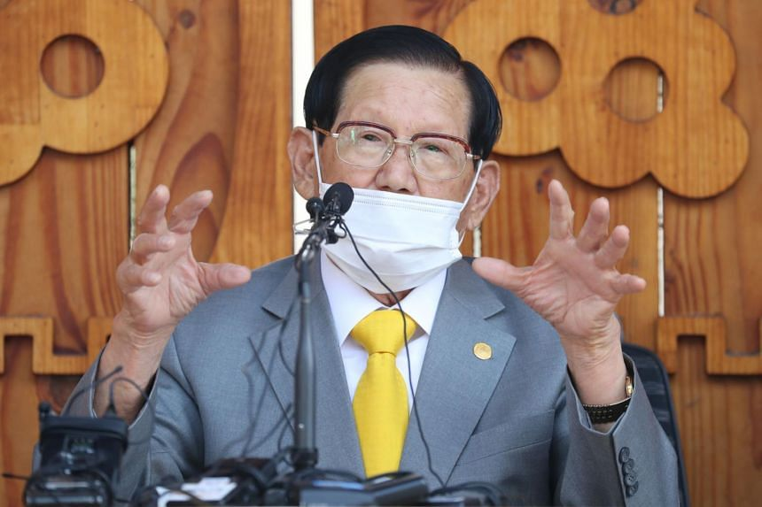 Lee Man-hee was convicted of embezzling billions of won from his organisation and given a suspended prison sentence.