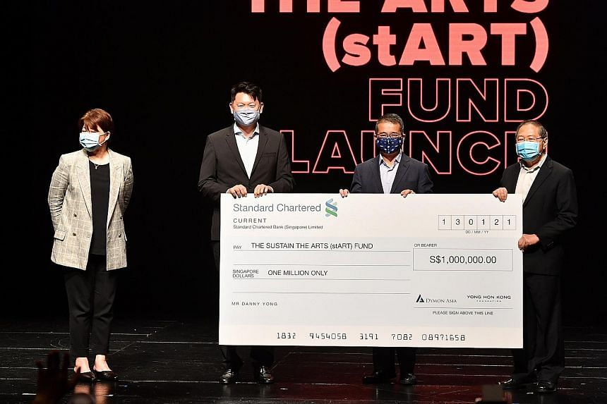 (From left) National Arts Council chair Goh Swee Chen, Dymon Asia Capital founding partner Danny Yong, Minister for Culture, Community and Youth Edwin Tong and Sustain the Arts Fund committee member Lee Suan Hiang at the fund's launch at the Victoria