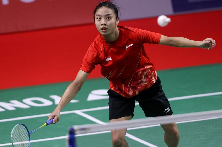 Singapore shuttler Yeo Jia Min faced three game points but impressively reeled off five points on the trot to take a 1-0 lead.