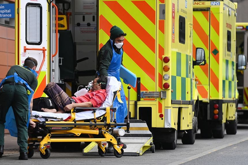 Covid: UK death toll rises to 94,580 as further 1,290 die