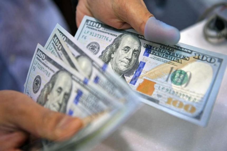 In late afternoon trading, the US dollar index fell 0.3 per cent to 90.103.
