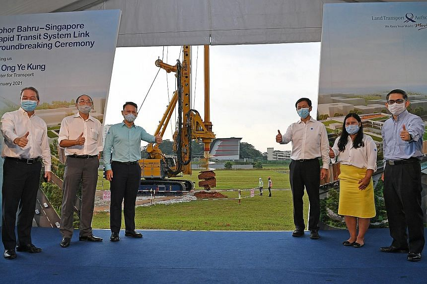 (From left) Land Transport Authority chief executive Ng Lang, LTA chairman Alan Chan, Senior Minister of State for Manpower and Defence Zaqy Mohamad, Minister for Transport Ong Ye Kung, Sembawang GRC MP Mariam Jaafar and Ministry of Transport Permane