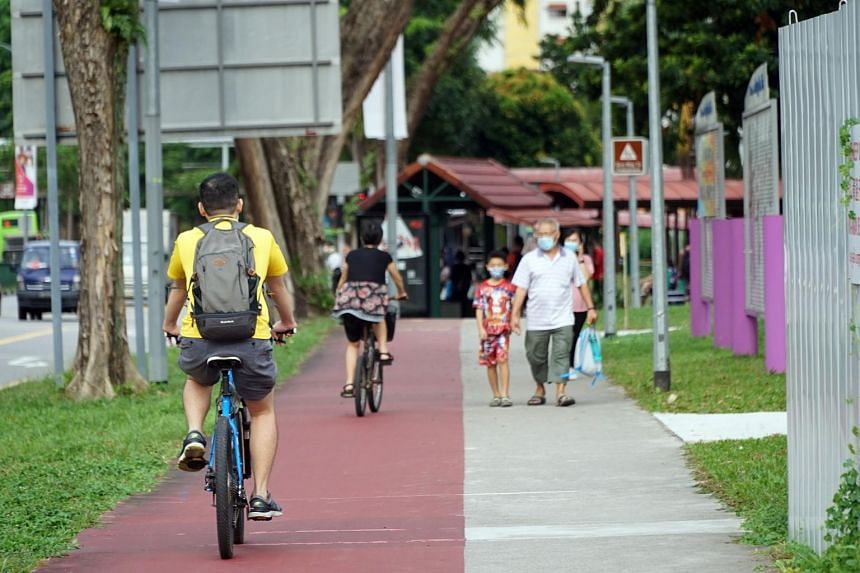 Safety concerns from the use of brakeless bicycles arose following a fatal accident last year.
