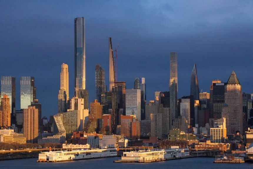 The East Coast and West Coast regions are where the most well-known US cities such as New York is located.
