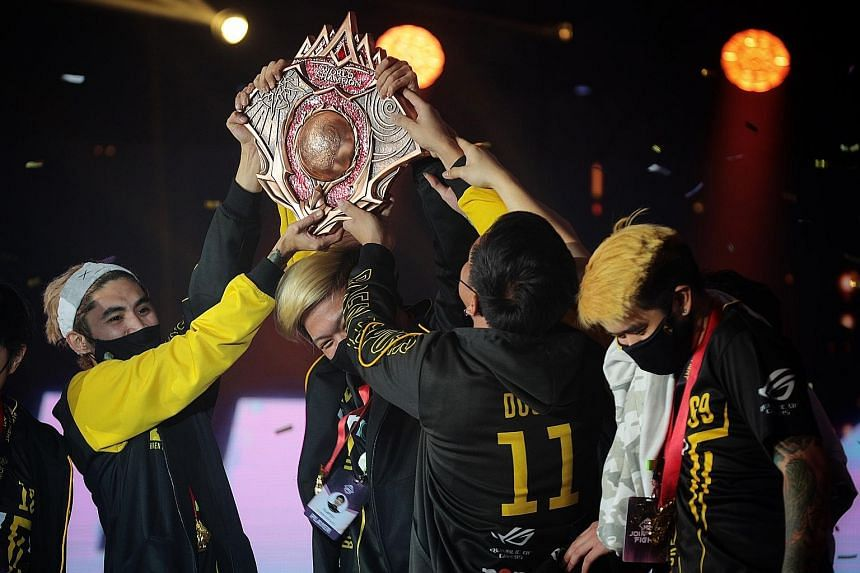 Winners Bren Esports from the Philippines celebrating their M2 World Championship title last night at the Shangri-La Hotel. Their share of the prize purse is as much as US$140,000 (S$186,000). The successful hosting of the event lifts Singapore's hop