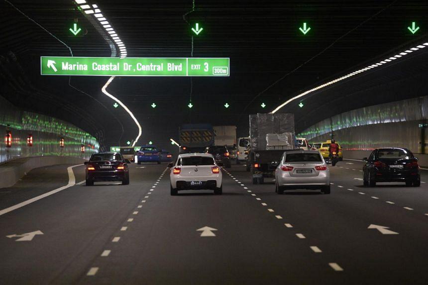 Marina Coastal Expressway near the Central Boulevard exit, on Jan 6, 2014.