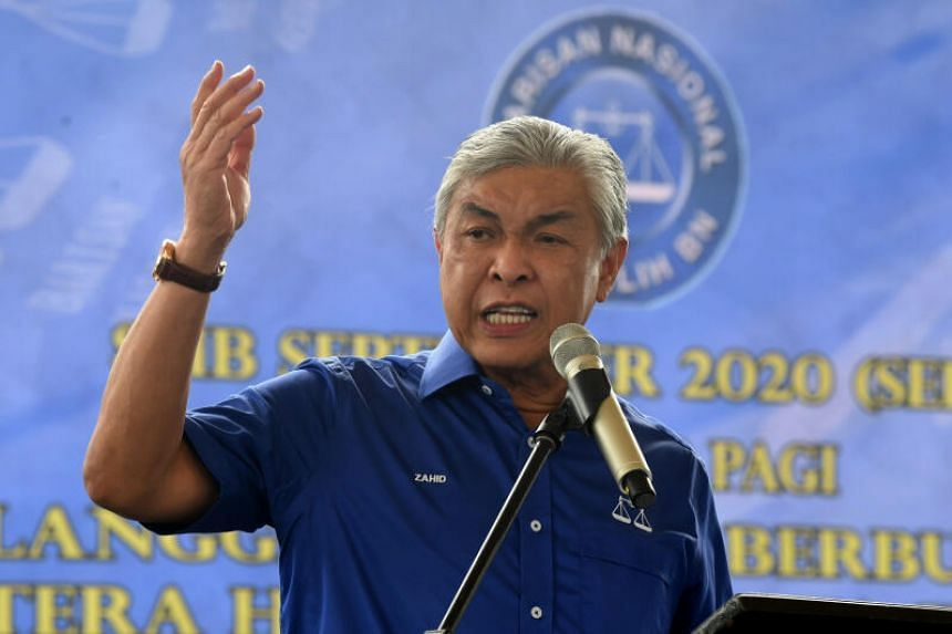 Those against Umno president Ahmad Zahid Hamidi can attempt to remove him in the party polls, which will probably be held this year, says the writer.