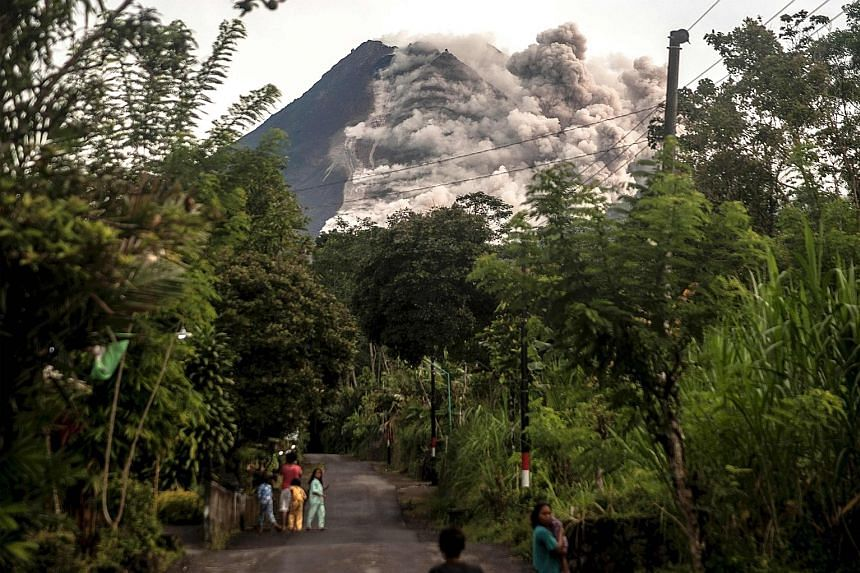 Indonesian volcano unleashes river of lava