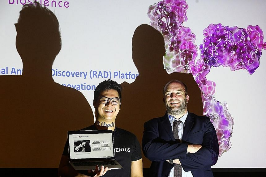 Augmentus co-founder and chief operating officer Daryl Lim, whose robotics start-up was the top winner in the Student Techblazer category, and Hummingbird Bioscience chief scientific officer Jerome Boyd-Kirkup, whose biomedical start-up was the top w