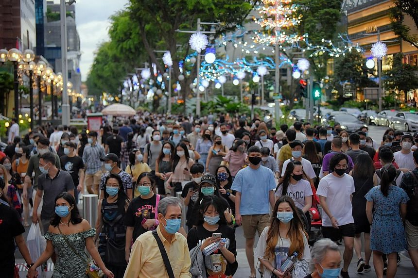 The new filter inserts will not be distributed yet as the reusable masks that have been given out provide adequate protection for the country's current needs, said the Trade and Industry Minister. As the filters are designed to be used with reusable