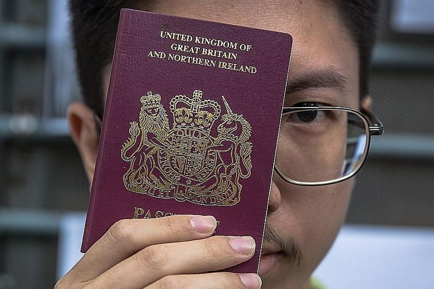 China Will 'No Longer Recognise' UK-Issued BNO Passport for Hong Kongers