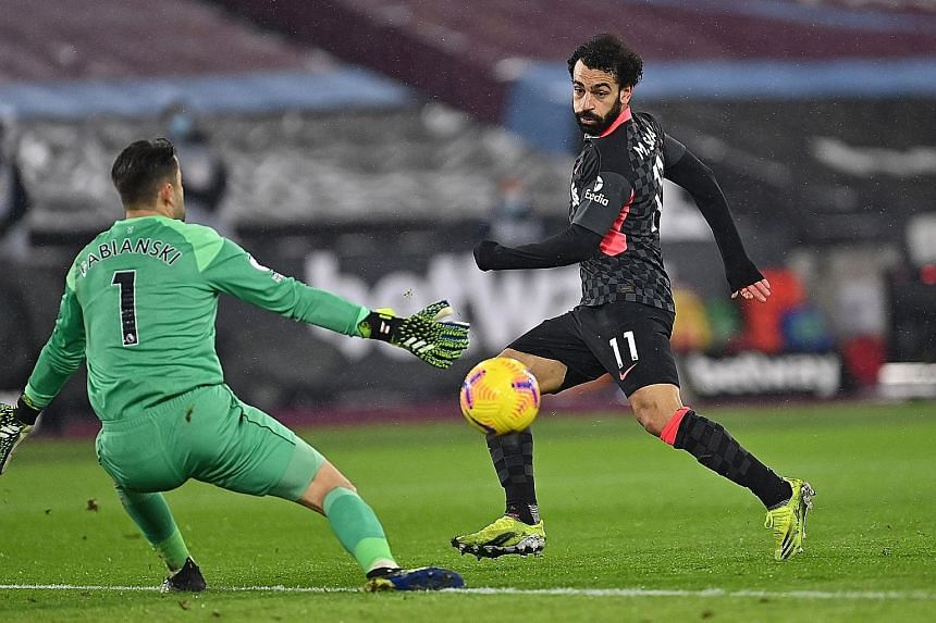 Klopp hails prolific Salah as Reds march on