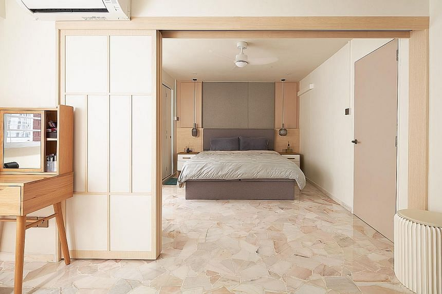 Chalk Architects gave a four-room Housing Board flat in Bishan a minimalist Japanese-style makeover for a couple who loves visiting the country.