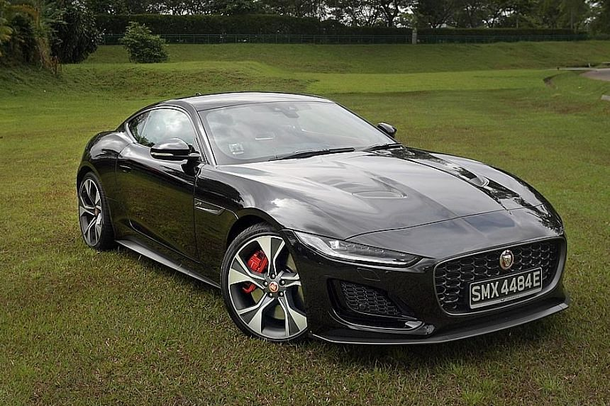 Small cosmetic changes give the Jaguar F-Type a fresh and more youthful look.