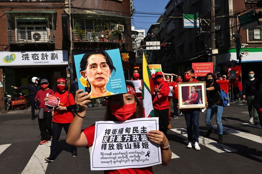 Members of the Burmese community in Taipei protest against the Myanmar military coup in Little Burma, home to many of Taiwan's Burmese immigrants, on Feb 6, 2021.