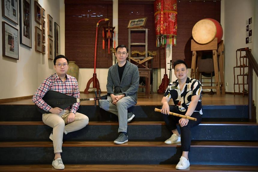 Ng Kang Kee (centre), Music Director, Composer and Arranger, Seow Ming Xian (right), Assistant Creative Director and Principal Artist, Seow Ming Fong, Assistant Artistic Director and Principal Artist.