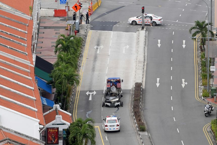 A police spokesman said that at 5.41am, they were alerted to an accident involving a car along Tanjong Pagar Road.