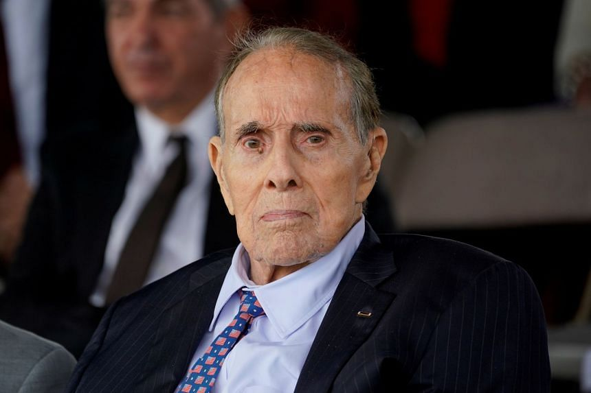 Bob Dole says he's been diagnosed with stage 4 lung cancer
