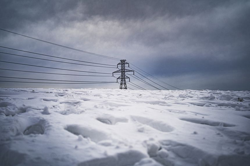 An arctic air mass that spread into an area unused to such low temperatures killed at least two dozen people in Texas.