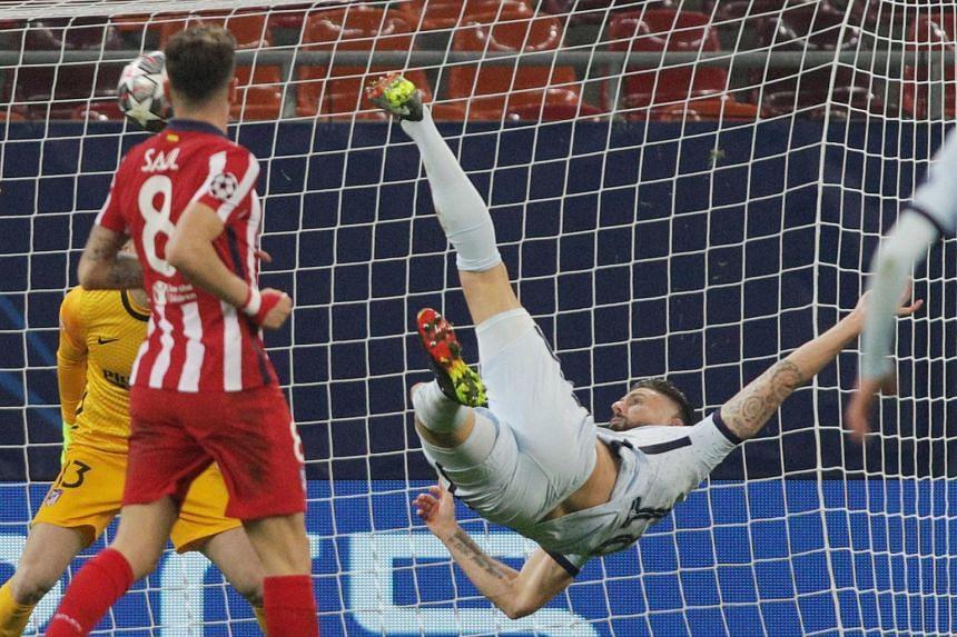 Chelsea's Olivier Giroud scores their first goal.