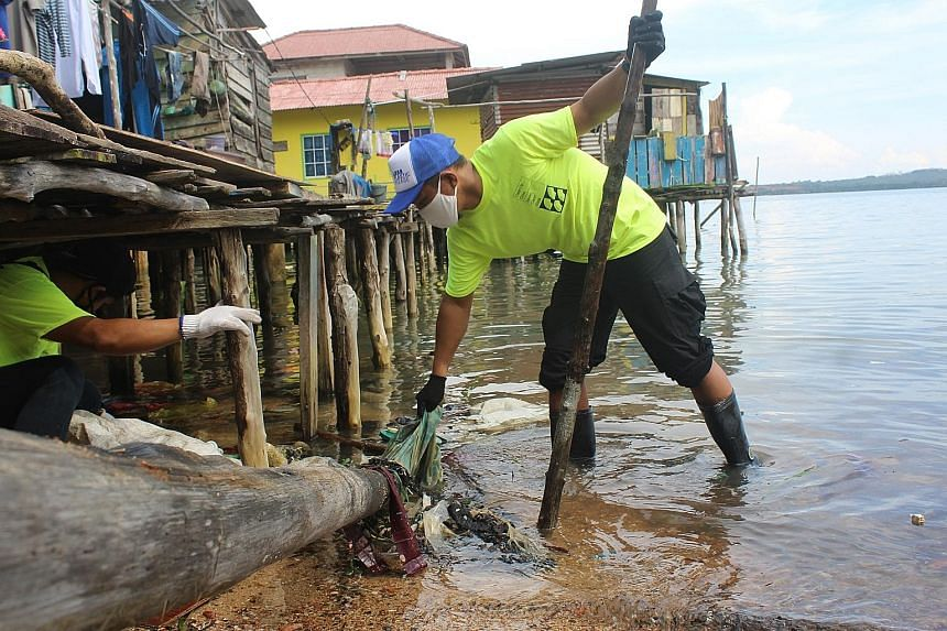Seven Clean Seas LIFE BELOW WATER The start-up will set up a materials recovery facility in Bintan, where 50 Indonesians who have lost their jobs will be hired to collect plastic waste and clean up coastal areas. PHOTO: SEVEN CLEAN SEAS Lumitics SUST