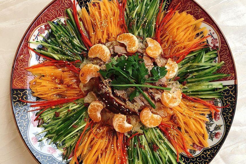 Toss up a final lohei with this mandarin orange duck salad.