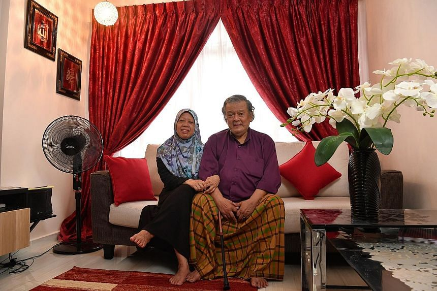 Madam Hamidah Rosman and her husband Abdul Rahim Abdullah sold their four-room resale HDB flat in Yishun for about $370,000 before moving into a two-room flexi unit in Canberra in 2019.