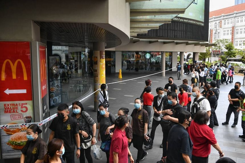 Around noon, tenants of the mall were told to gather at the entrance for a briefing, but were not allowed to return to their units.