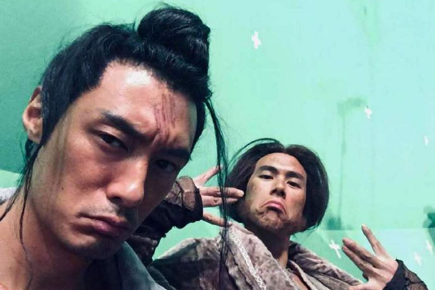 Hong Kong actor Shawn Yue (left) with Taiwanese actor Eddie Peng in a photo posted on Weibo on March 24, 2021.