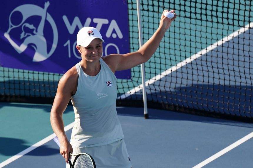 Ashleigh Barty waving to the crowd after defeating Kristina Kucova at the Miami Open on March 25, 2021.