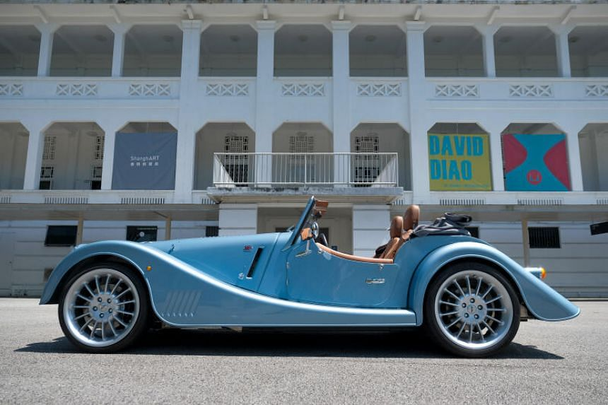 The Morgan Plus Six goes from standstill to 100kmh in 4.2 seconds.