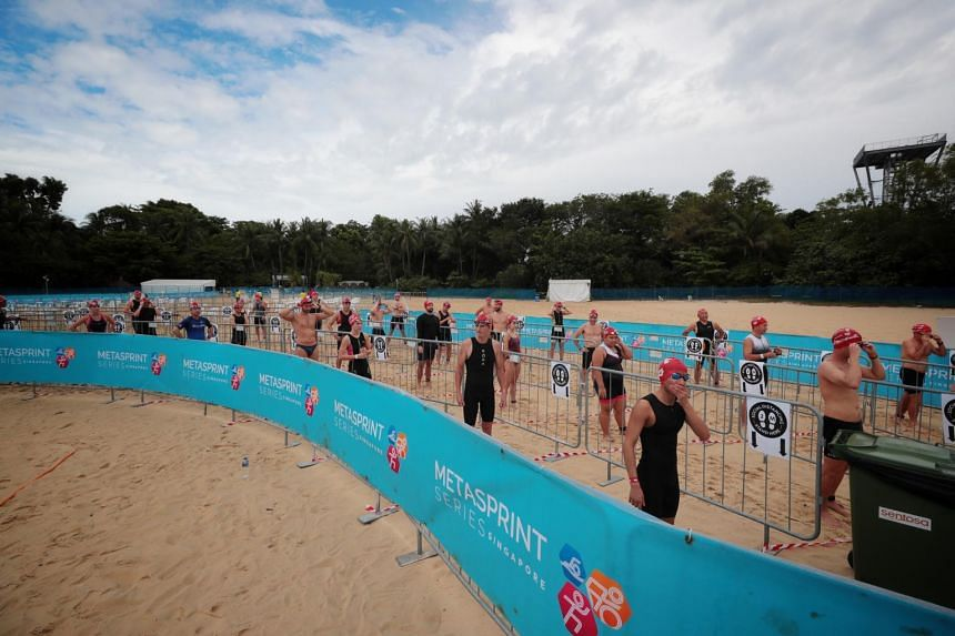 With 1,000 sign-ups, the MetaSprint series aquathlon was a sell-out.
