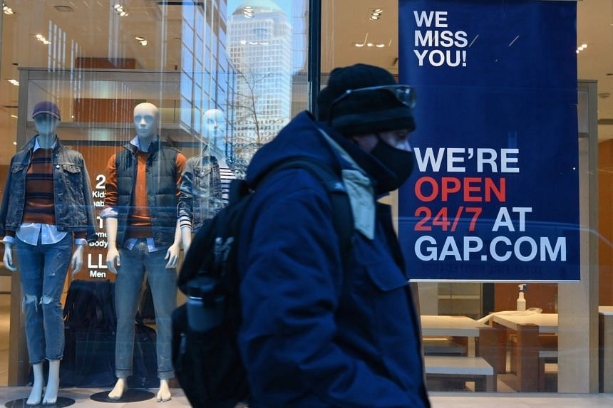 A Gap store in New York City in January. Gap has said it is pulling back from malls due to high rent and weaker performance. The company, which owns Banana Republic and Old Navy in addition to its namesake chain, wants 80 per cent of its stores to be