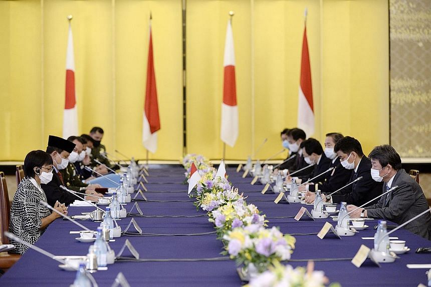 Indonesian Foreign Minister Retno Marsudi (left) and Defence Minister Prabowo Subianto (second from left) with Japanese Foreign Minister Toshimitsu Motegi (right) and Defence Minister Kishi Nobuo (second from right) at a two-plus-two meeting between