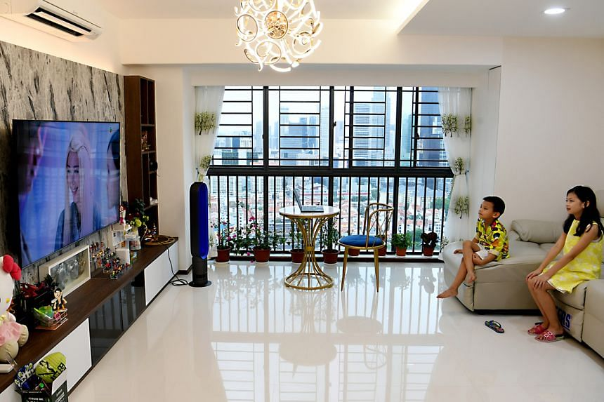 HDB flats are still changing hands for more than $1 million during the Covid-19 pandemic. The Pinnacle @ Duxton is one of the public housing projects that have seen a number of million-dollar HDB flat transactions over the year.
