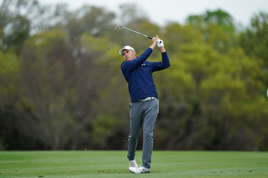 Golf: Red-hot Jordan Spieth seizes share of 54-hole lead ...