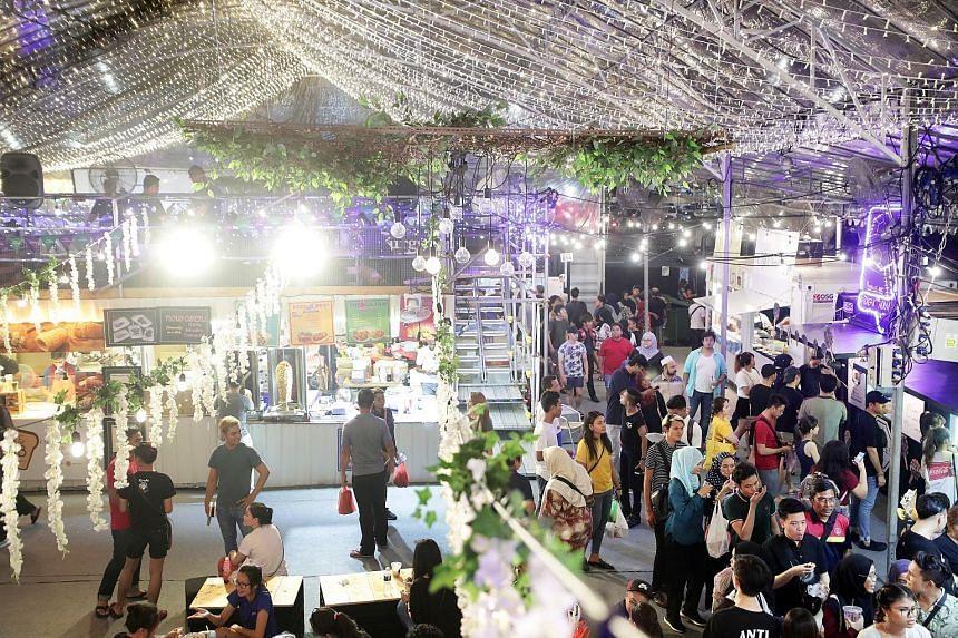 Bazaars like the popular Geylang Serai bazaar have traditionally operated during the Muslim fasting month of Ramadan.