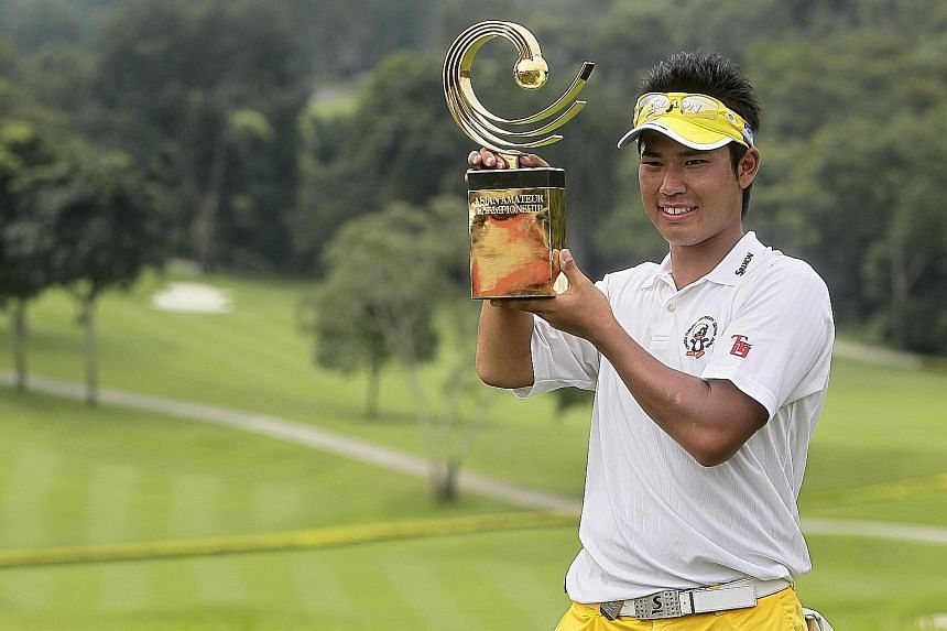 Hideki Matsuyama with his Asian Amateur Championship trophy, after defending his title at the Singapore Island Country Club in 2011.