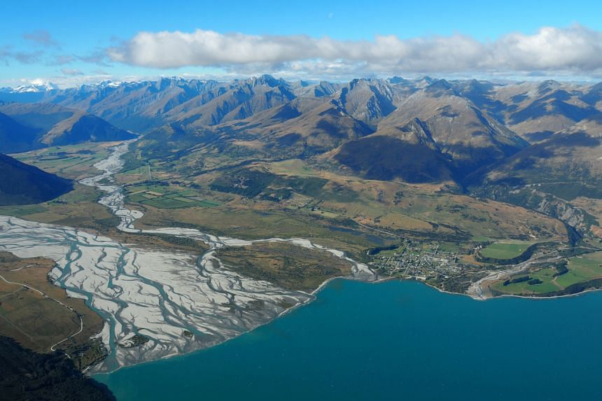 The New Zealand government has promised to make its public sector carbon-neutral by 2025.