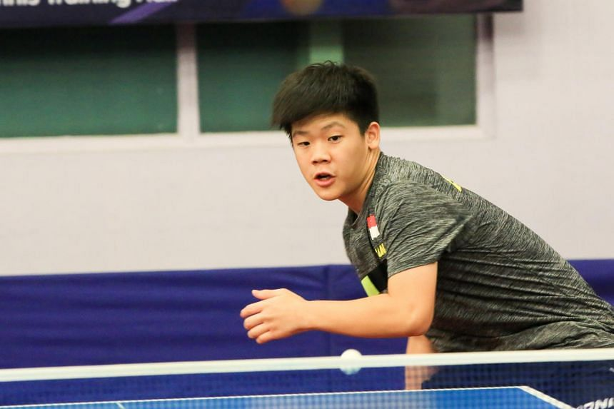 Paddler Izaac Quek has become the first Singaporean to top the Under-15 boys' world ranking list.
