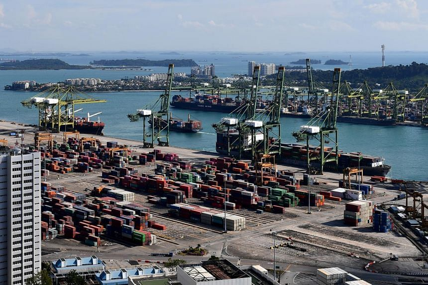 Year on year, total trade expanded 19.6 per cent in March, reversing the 3.3 per cent decline seen in February.