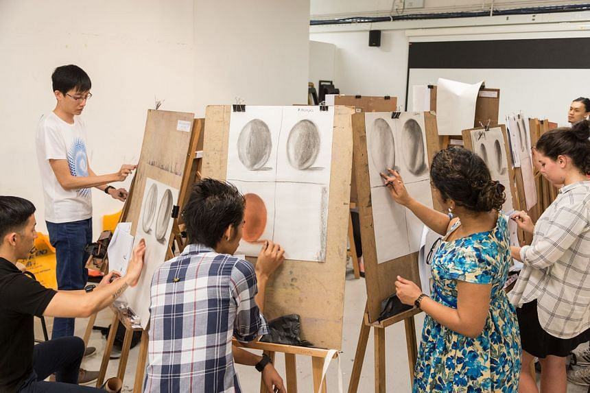 Students during a visual art short course from Lasalle College of the Arts when the course was conducted in-person prior to the Covid-19 outbreak.