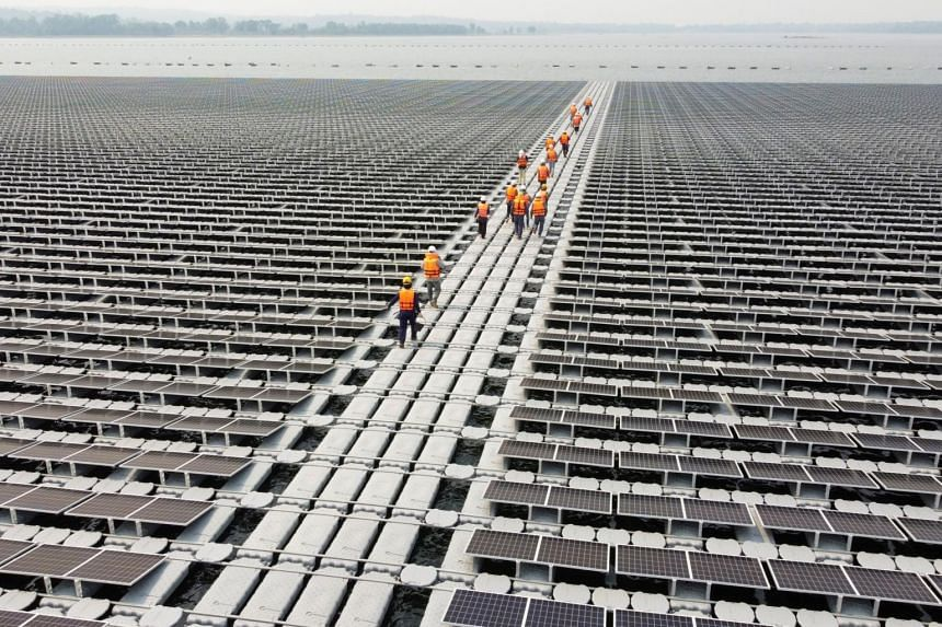 The Electricity Generation Authority of Thailand has been putting together floating solar platforms at the Sirindhorn dam.