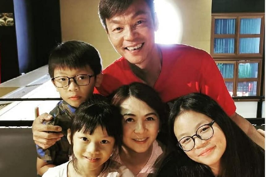 Actor Mark Lee found out that his younger daughter Calynn had a rare kidney disease known as glomerulonephritis when she was five years old.